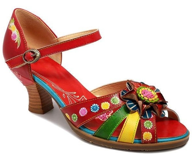 Handmade Handpainted Curved-heeled Adjustable-strap Buckled Peep-toed Pumps with Ornate Central Flower