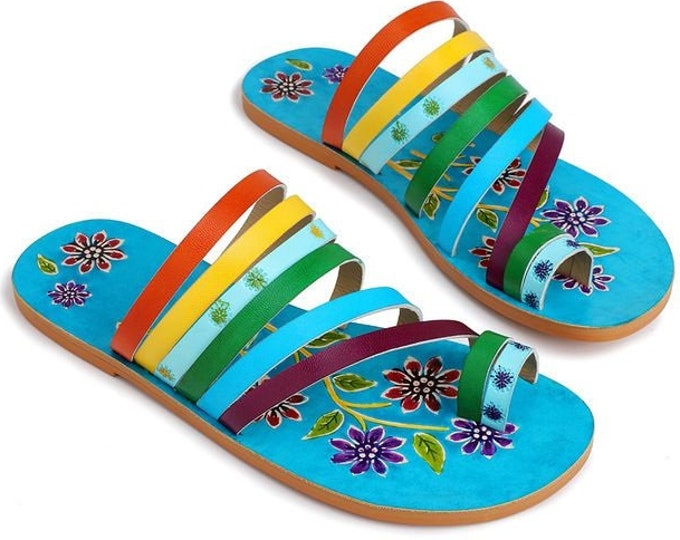 Handmade Hand-painted Leather Boho Flat Toe-ring Sandals with Multi-colored Vamp Straps