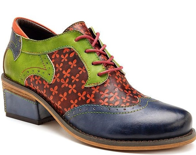 Hand-painted Celtic-themed Green & Blue Floral-embossed Leather Lace-up Boho Oxford Wingtip Shoes