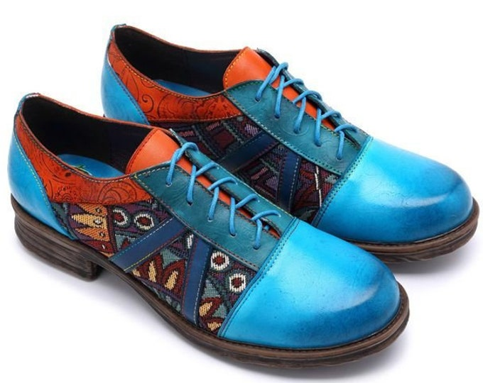 Handpainted Blue Paisley-embossed Leather and Tribal-patterned Jacquard Fabric Splicing Low-heeled Lace-up Oxford Shoes