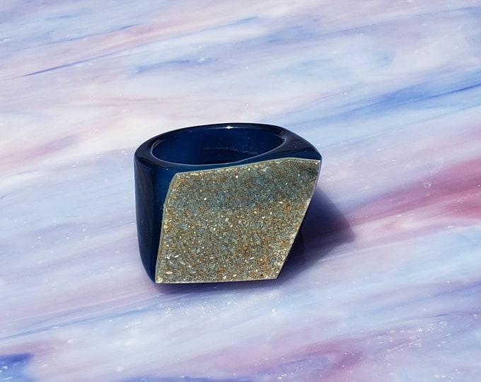 Blue druzy statement ring in size 8, Brazilian druzy, Very Unique Ring for Any Occasion, Crystal Gemstone Ring for Her