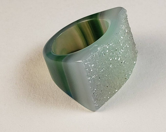Polished Caribbean Green Druzy/Drusy Agate Ring, size 6.