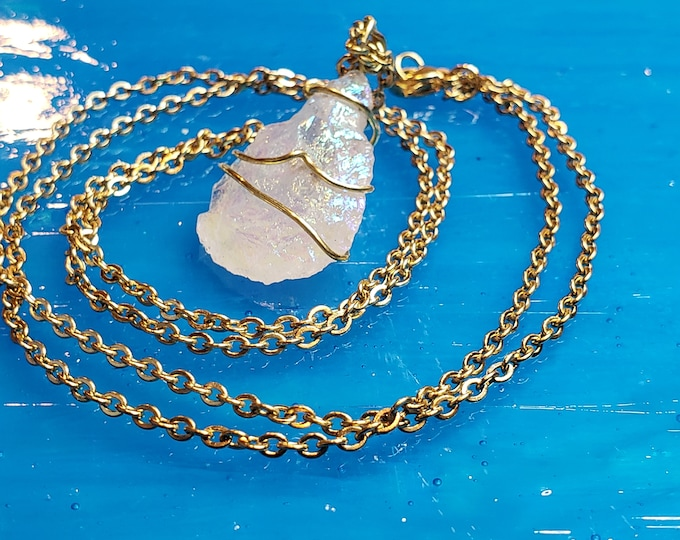Rainbow quartz necklace Quartz Crystal Necklace - Gemstone Aura Quartz Necklace