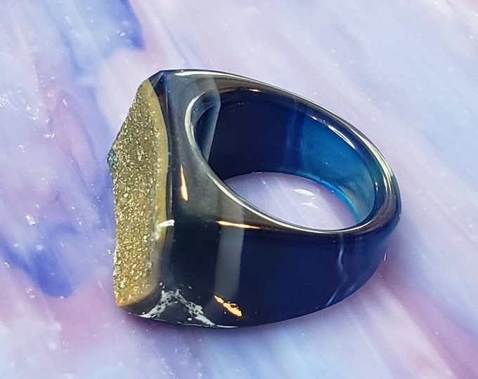 Statement ring in blue druzy, Brazilian druzy, Very Unique Ring for Any Occasion, Size 8 Crystal Gemstone Ring