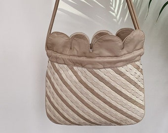 0525096e8 Rare Vintage Gucci Shoulder Bag