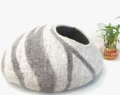 FeltnPet Cozy Cat Cave,Pet Bedding,Felt Cat Cave,Cat Bed,Cat Lover Gift,Light,Bright,Soft and Durable- From Nepal