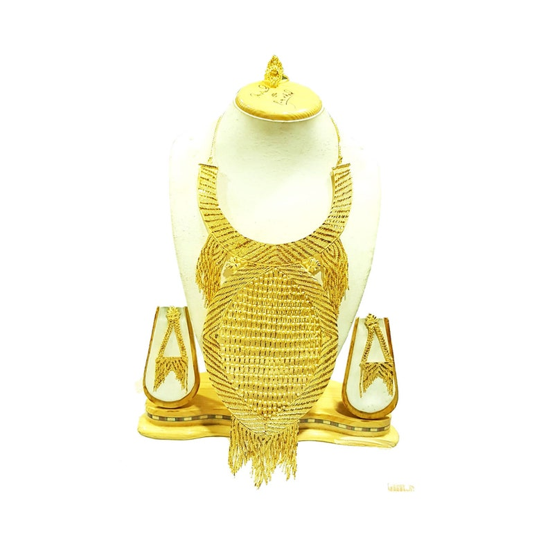Ethnic Antique Gold Plated Lustrous South Design Party Wear Earrings Necklace Set