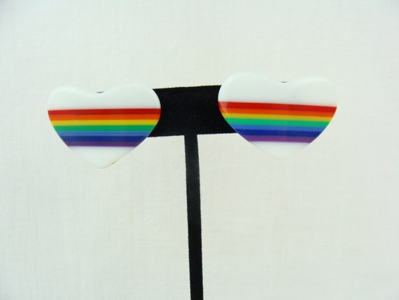 Vintage Laminated Lucite plastic Heart Rainbow Simple Earrings
