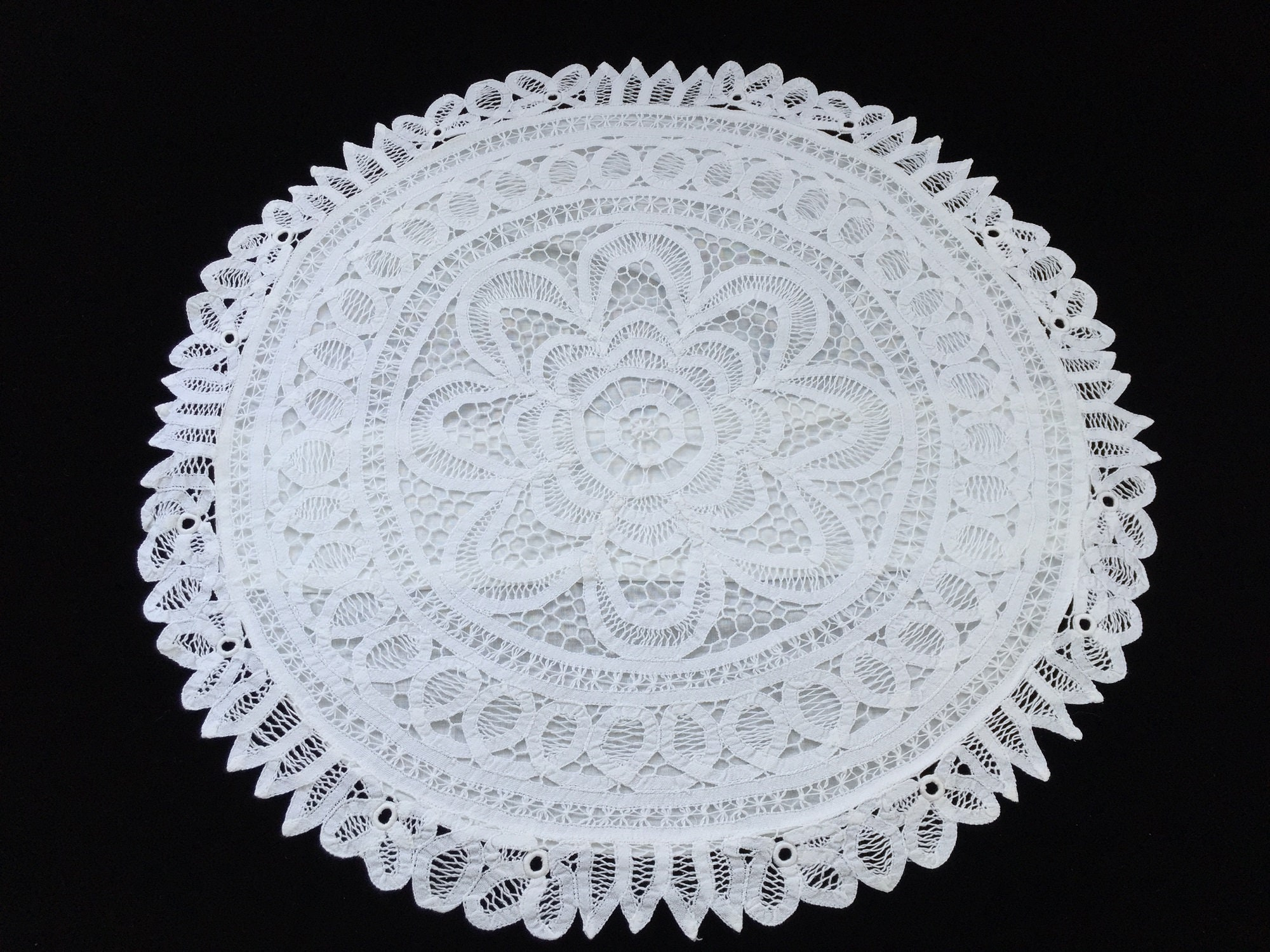 """Lot of 3 White Cotton Battenburg Lace Round /& Square 14/"""" Pillow Covers ~ New"""