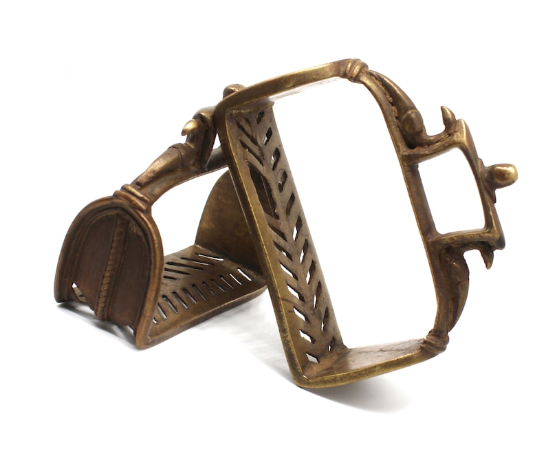 Old Stirrups from 1950s Rustic Horse Stirrups Brass Stirrups
