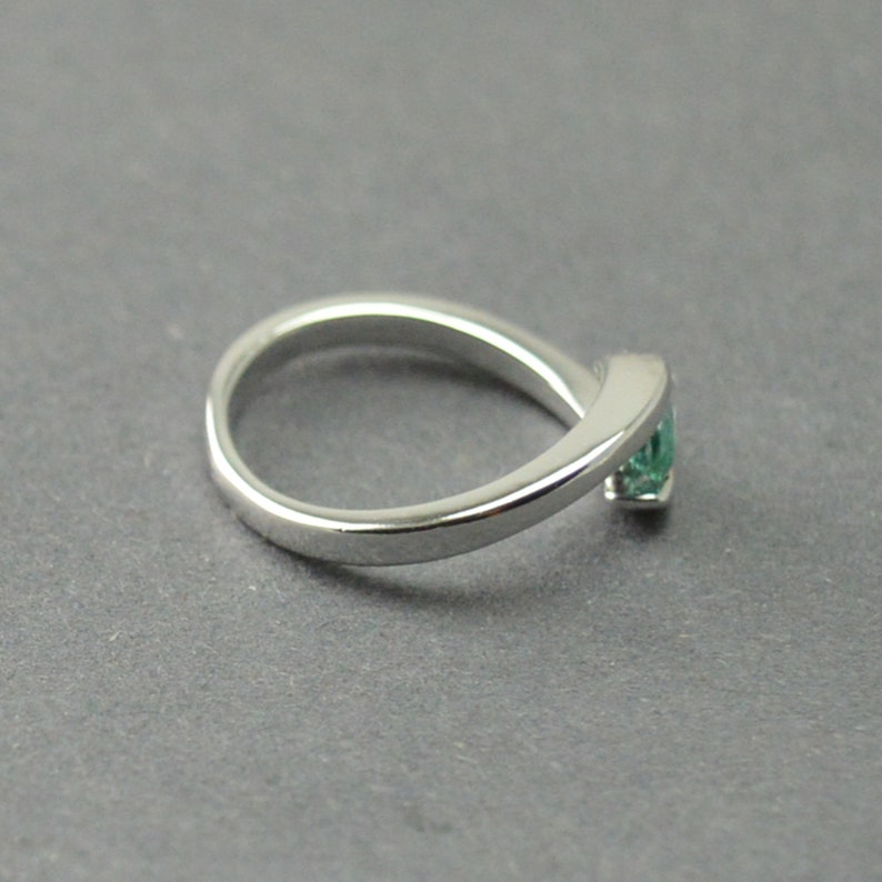Emerald Jewelry Silver Emerald Ring Emerald Ring Sterling Silver Ring Natural Emerald Ring Gemstone Ring Solitaire Ring Handmade Ring