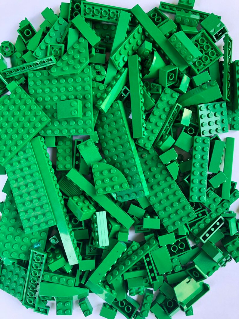 Each pound has 1 Minifigure Best Price! Clean 1 pound of Lego Legos