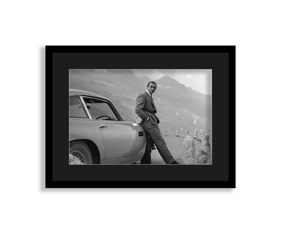 ASTON MARTIN DB10 JAMES BOND 007 CAR Canvas Wall Art Print Various Sizes