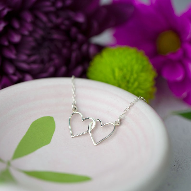 Sister  Gift Idea Sterling Silver Dainty Necklace for Sister Sister Jewelry Hearts Sister Necklace: Unique Gift for Sister