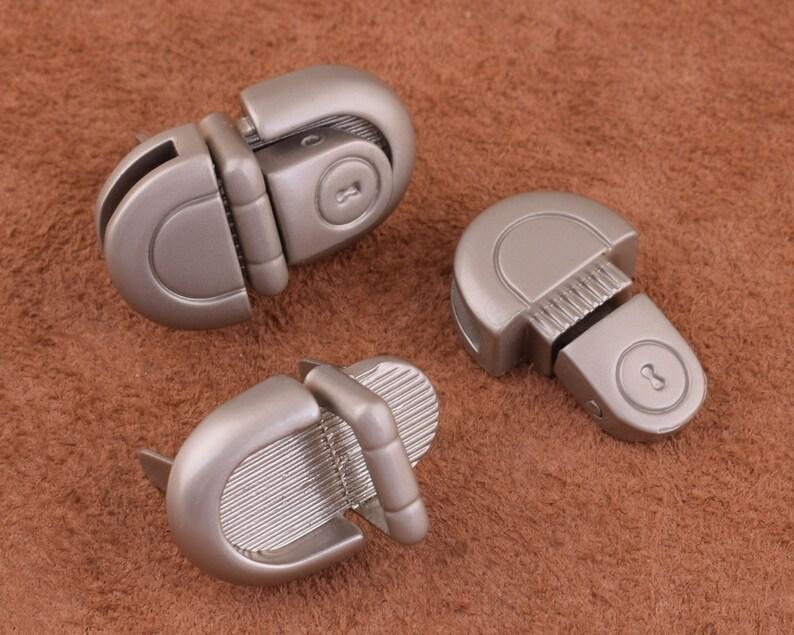 metal tuck lock Thumb Catch Tuck Purse Lock 26*15mm Purse locks Snap lock Press Clasp Latch Tongue Clutch locks for pursebagsdiy making