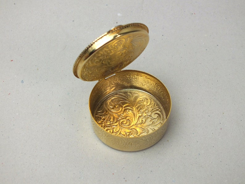 vintage box for pills Mini jewelry box with flowers pill box small gift for women