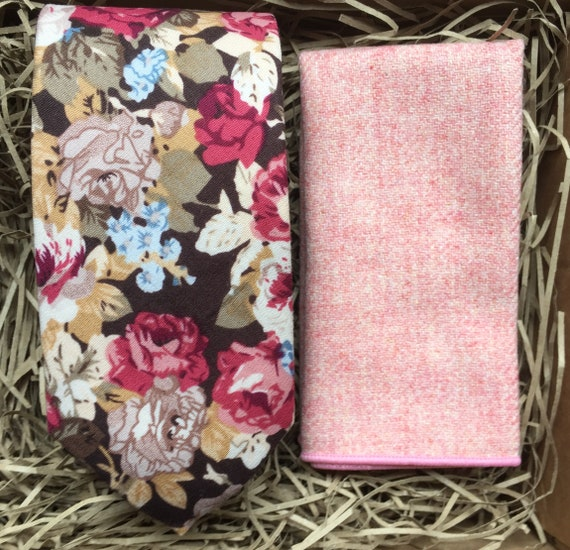 Pack of 5 Pastel Luxury Cotton Country Themed Handkerchiefs//Pocket Squares