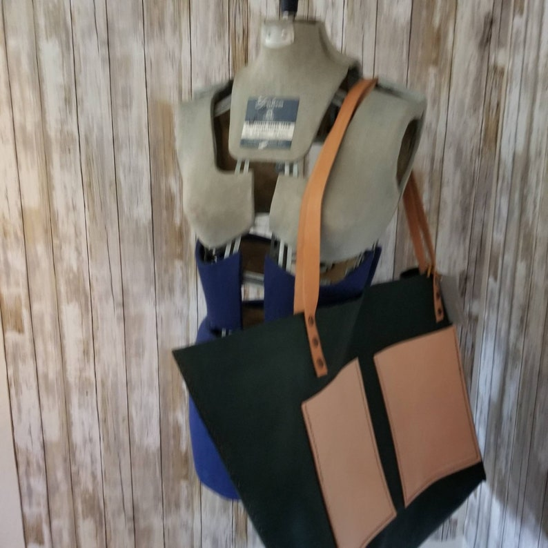 Handsewn large leather slouchy toteForest Green color Pebble Leather roamingtherange