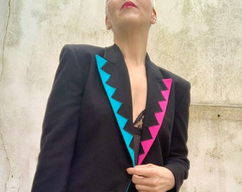 Vintage Louis Feraud pure wool blazer with the most colourful lapels and pockets - Size UK10 (US6)