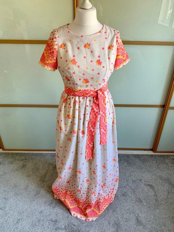 Vintage 1970s maxi length cotton dress