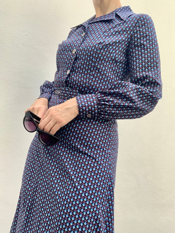 Vintage 70s maxi dress with a bold print - Best fi