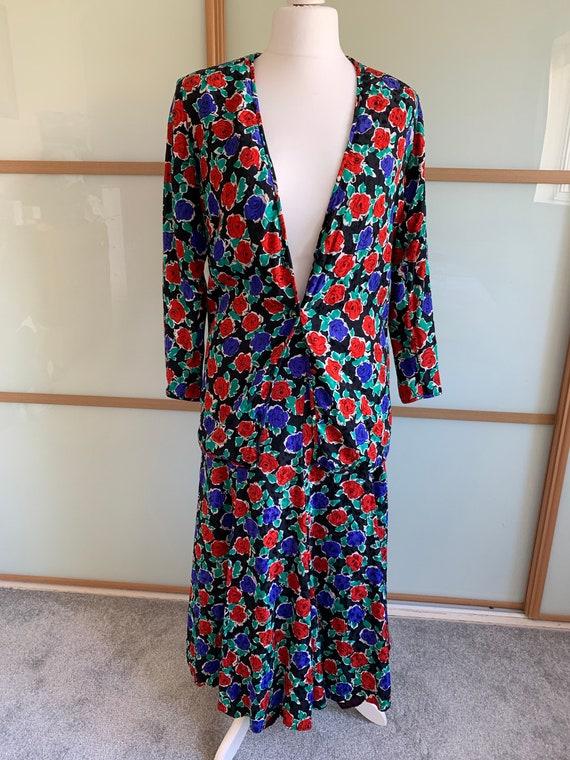 Vintage 1990's Caroline Charles pure silk floral t