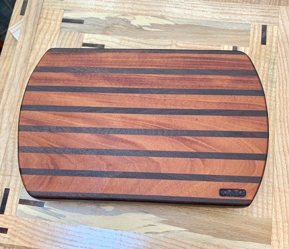 Medium sized Stripe Cutting Board. Face grain hardwoods for long life of the board and your knife. For the Chef in Your House!     #12