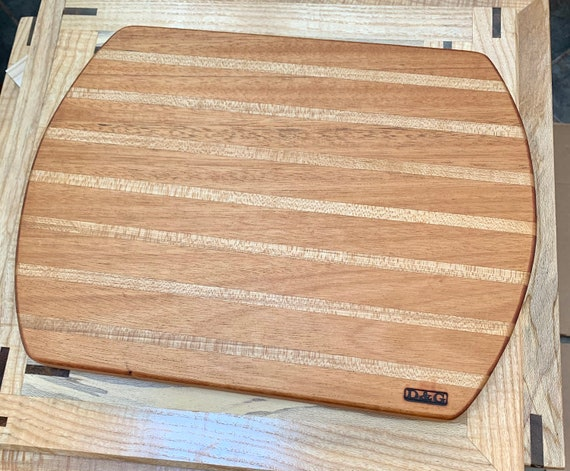 Medium sized Stripe Cutting Board. Face grain hardwoods for long life of the board and your knife. For the Chef in Your House!     #14