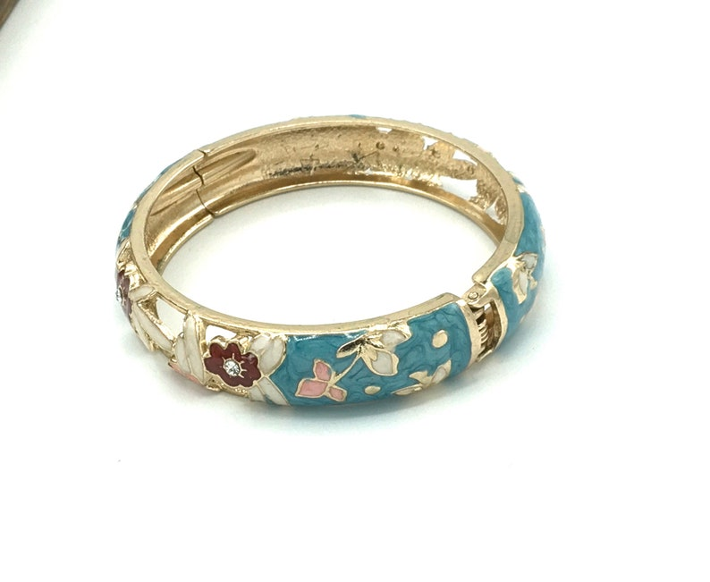 Vintage enamel bracelet light blue tone with flower design