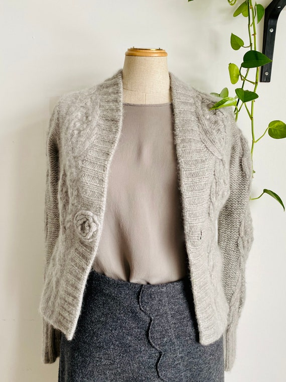 Pure grey cashmere cropped cardigan cable knit