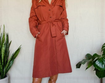 093675aeb0d52 Vintage 1970s ILGWU Union Made Rosey Trench Coat