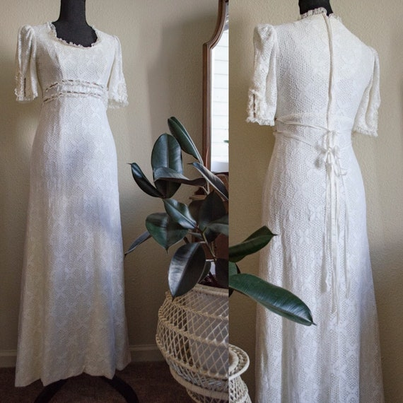 Vintage 1970s White Lace Victorian style dress
