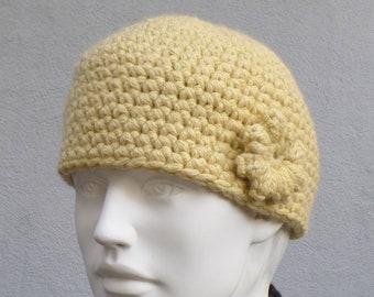 Chic and warm cap / alpaca/merino wool hat, crocheted, yellow