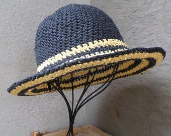 Sun hat from Raffia Bast, wide brim