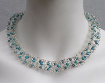 Filigree chain in silver wire (925) with turquoise beads