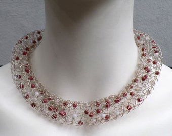 Filigree chain in silver wire (925) with carneol beads