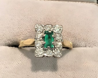 Superb 18ct Gold Emerald and Diamond Rectangular Cluster Ring, Engagement Ring, Dress ring, Statement Ring,
