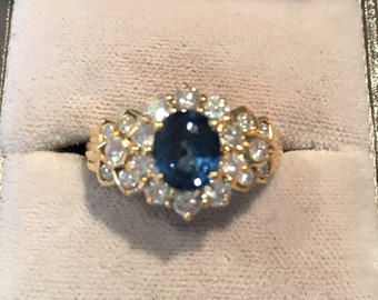Stunning 18ct Sapphire and Diamond Cluster Ring, Engagement Ring, Dress ring, Statement Ring