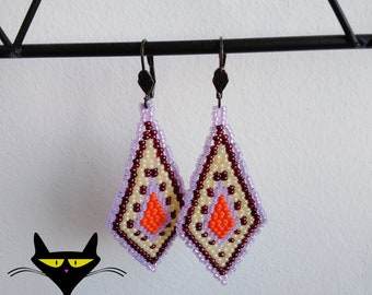 Hand woven earrings (mauve and orange)