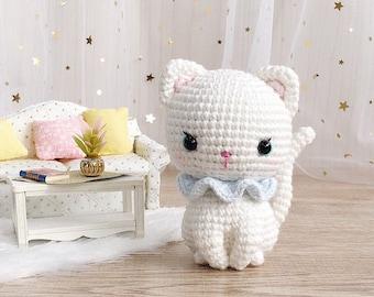 Kitty, the little white kitten pattern | crochet cat pattern | amigurumi cat pattern | crochet white cat | English & Spanish PDF pattern
