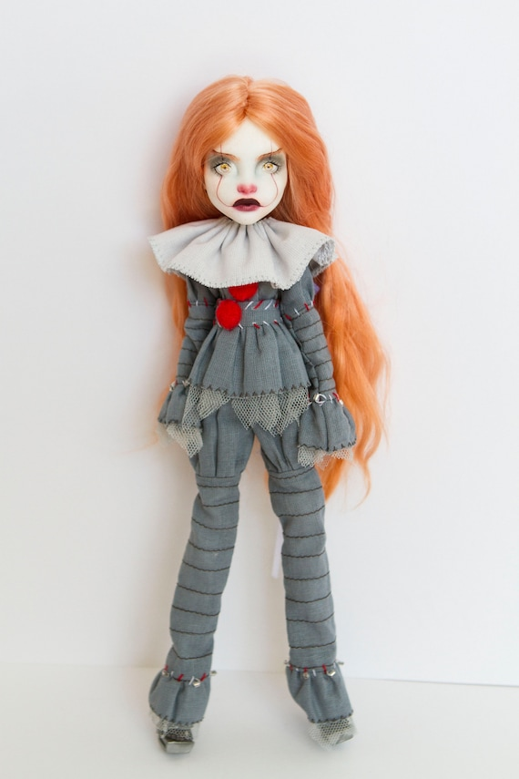 pennywise ooak doll / Monster high repaint / Monster high ooak / Custom monster high doll  / ooak monster high