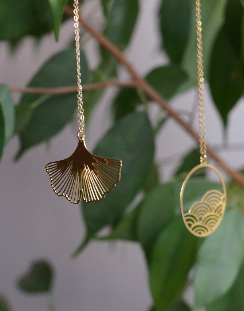 Gingko Biloba necklace gold color 30mm pendant