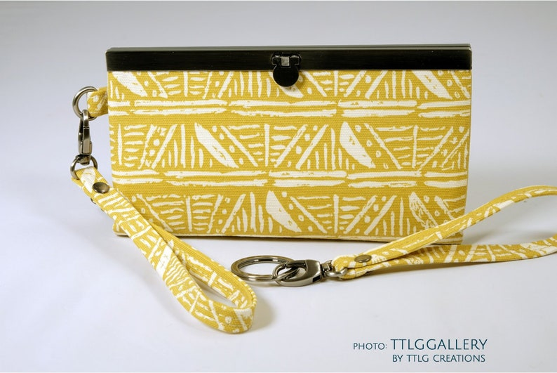 Diva Clutch : Aztec Made to Order 7.5 x 4.5 19 x image 0