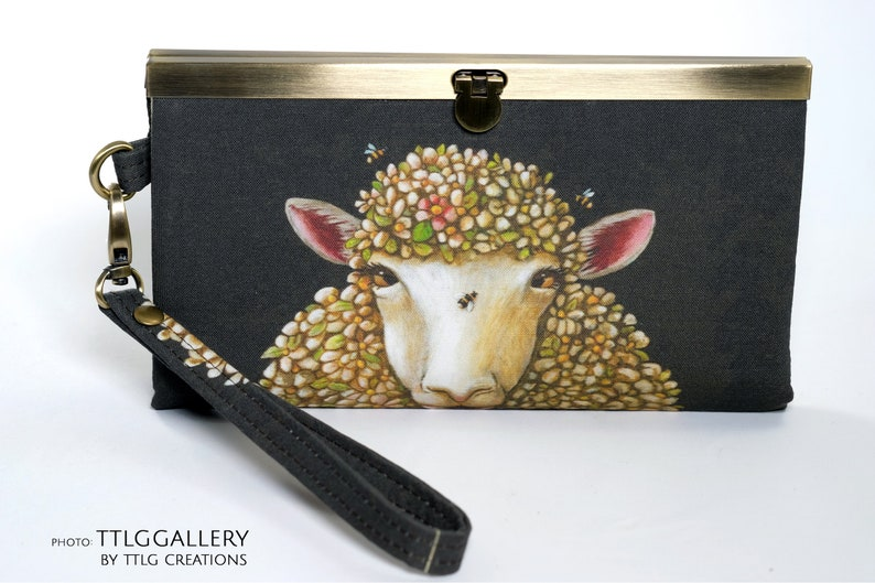 Diva Clutch : Wool Ewe Bee Mine Made to Order 7.5 x image 0