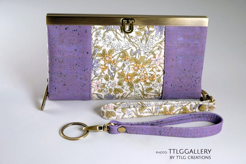Diva Cork : Mauve Cork with Floral Made to Order 7.5 x image 0