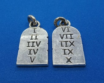 Ten Commandments Tablets / Tabletas de los Diez Mandamientos
