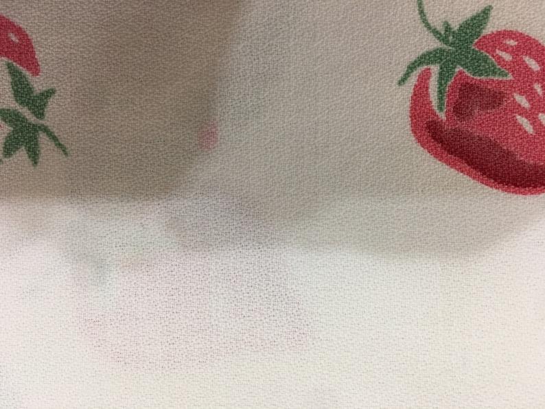 Vintage Tablecloth Market Bag Strawberry UL