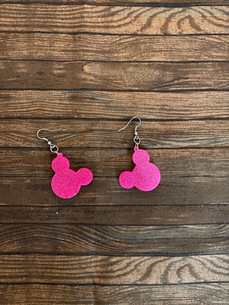 Hand made resin Dangle earrings Mickey Mouse earrings Cute Earrings, Disney earrings Earrings girls earrings Mickey earrings