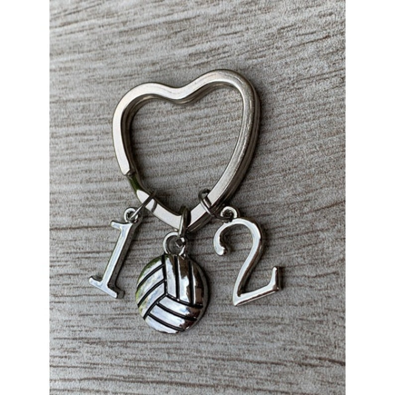Custom Volleyball Jewelry Gift Personalized Volleyball Keychain-Jersey Number Charm Gift for Volleyball Player Mom and Volleyball Teams