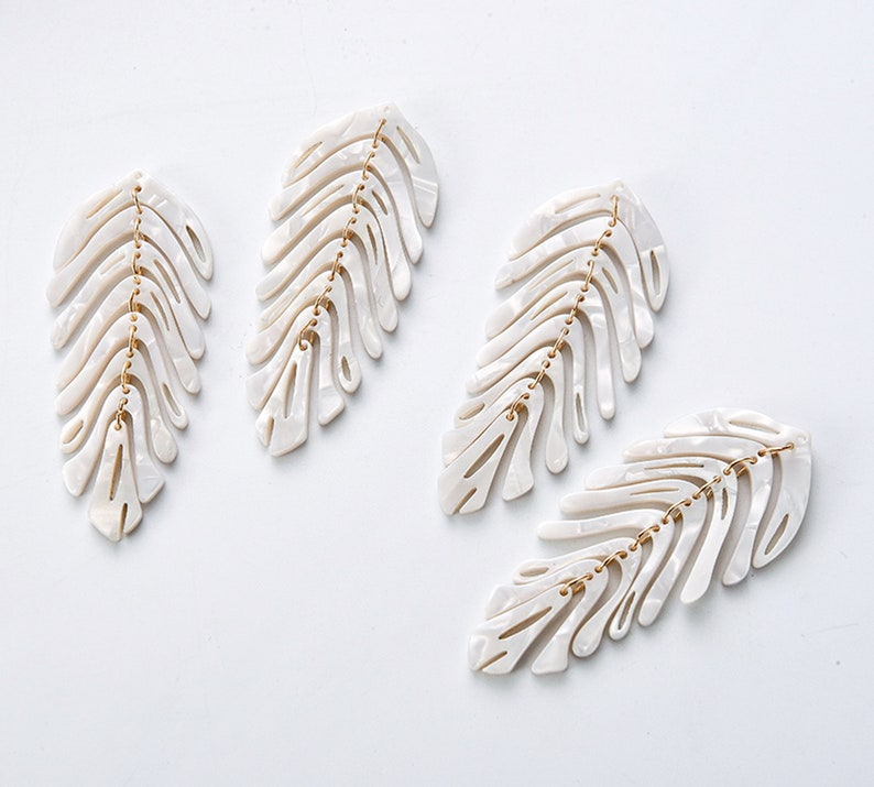 4pcs Green Leaf Shape Cellulose Acetatic Charm Resin Pendants Colorful Charm Jewelry Charm Diy Jewelry Accessories Craft Supplies
